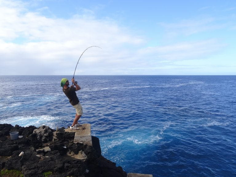 peche shore jigging hawai